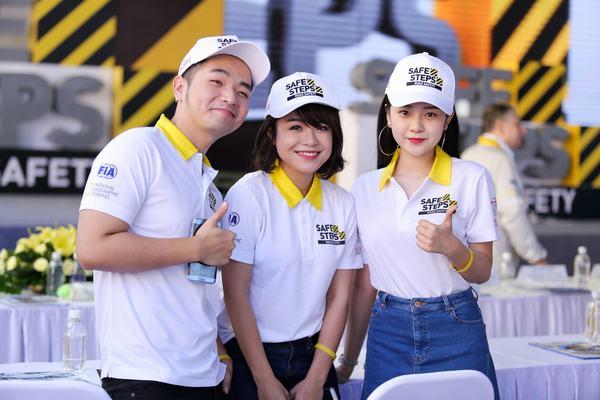 Ao thun Safe steps Road Safety 11 - Bừng sáng sự kiện Safe Steps của Liên Hợp Quốc tại Việt Nam với áo thun sự kiện