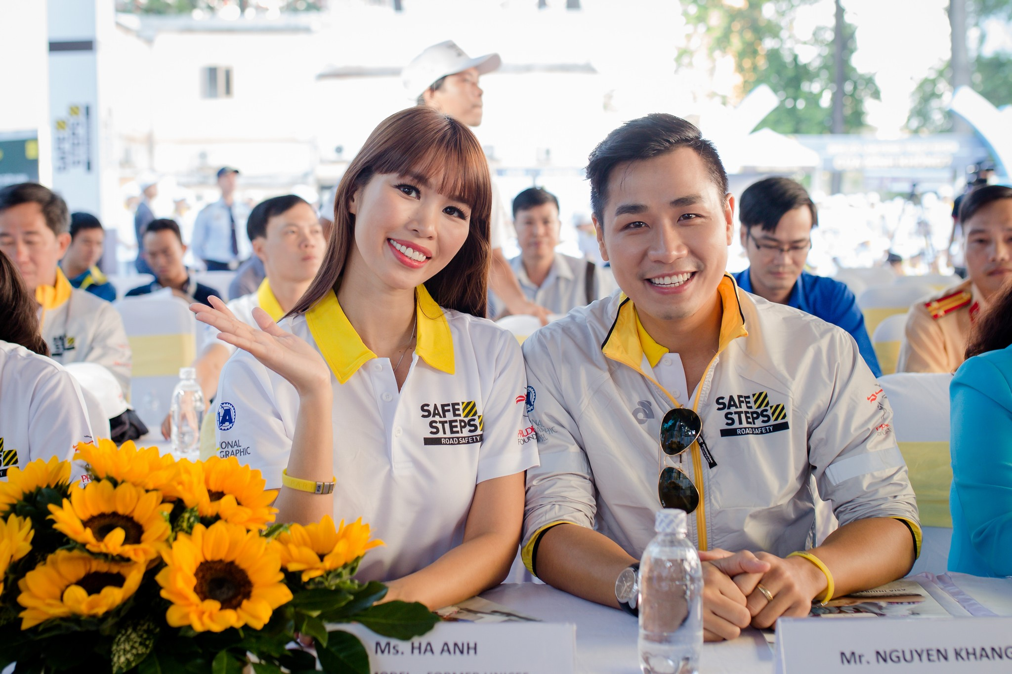Ao thun Safe steps Road Safety 13 - Bừng sáng sự kiện Safe Steps của Liên Hợp Quốc tại Việt Nam với áo thun sự kiện
