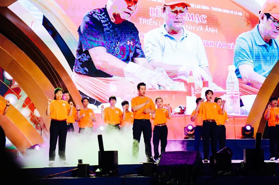 haylentieng3 - Sắc cam áo thun sự kiện UN Women Việt Nam