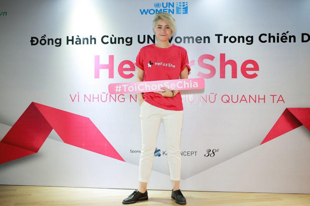 heforshe 3 Alex Nguyen 1024x683 - Áo thun sự kiện chiến dịch #HeForShe - UN Women Việt Nam