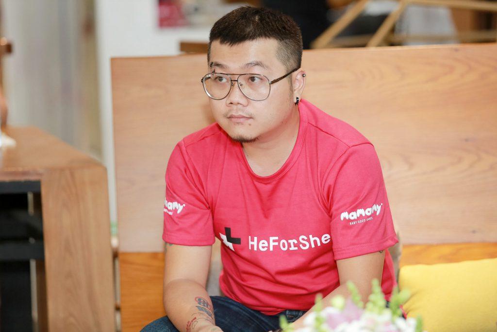 heforshe 6 Bien kich Tran Khanh Hoang 1024x683 - Áo thun sự kiện chiến dịch #HeForShe - UN Women Việt Nam