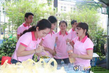 Sắc hồng áo thun đồng phục trong Ngày hội Sawaco 2018